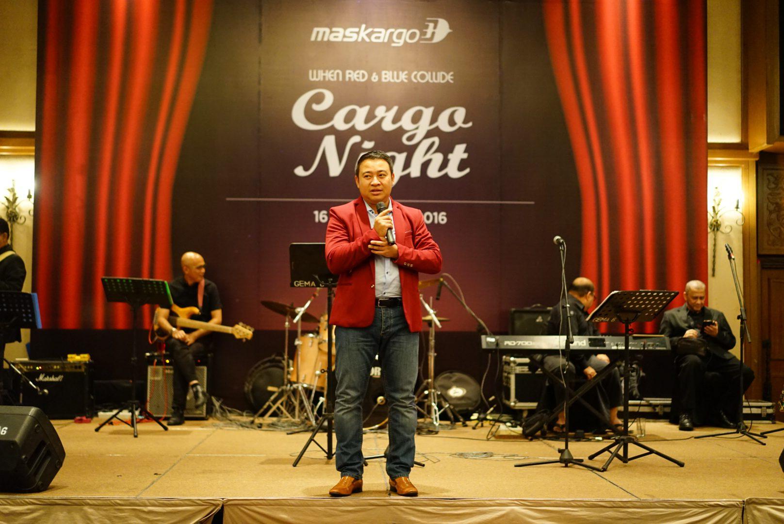 CARGO NIGHT : MASKARGO