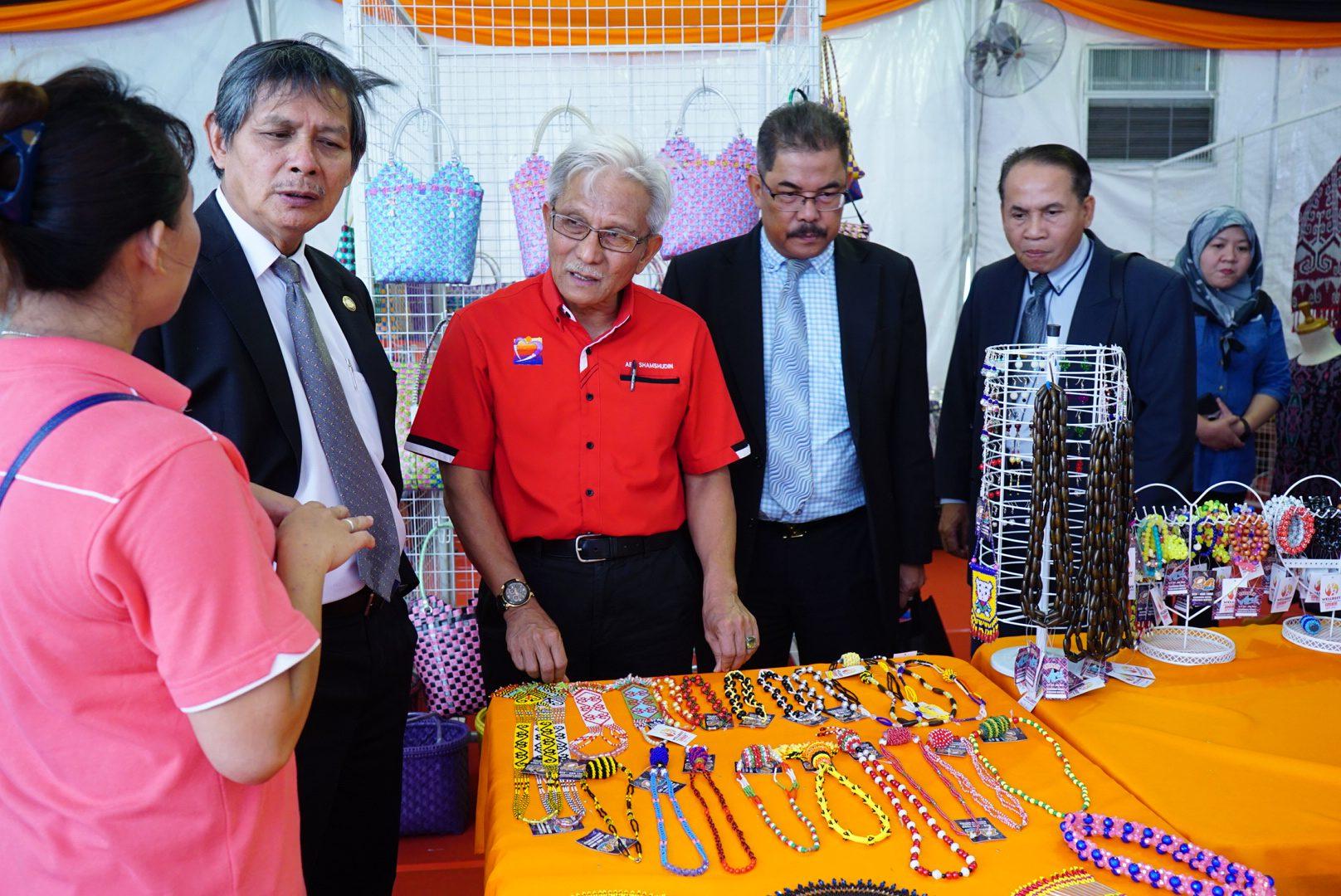 Day 01 : Karnival Kebajikan Sarawak 2017